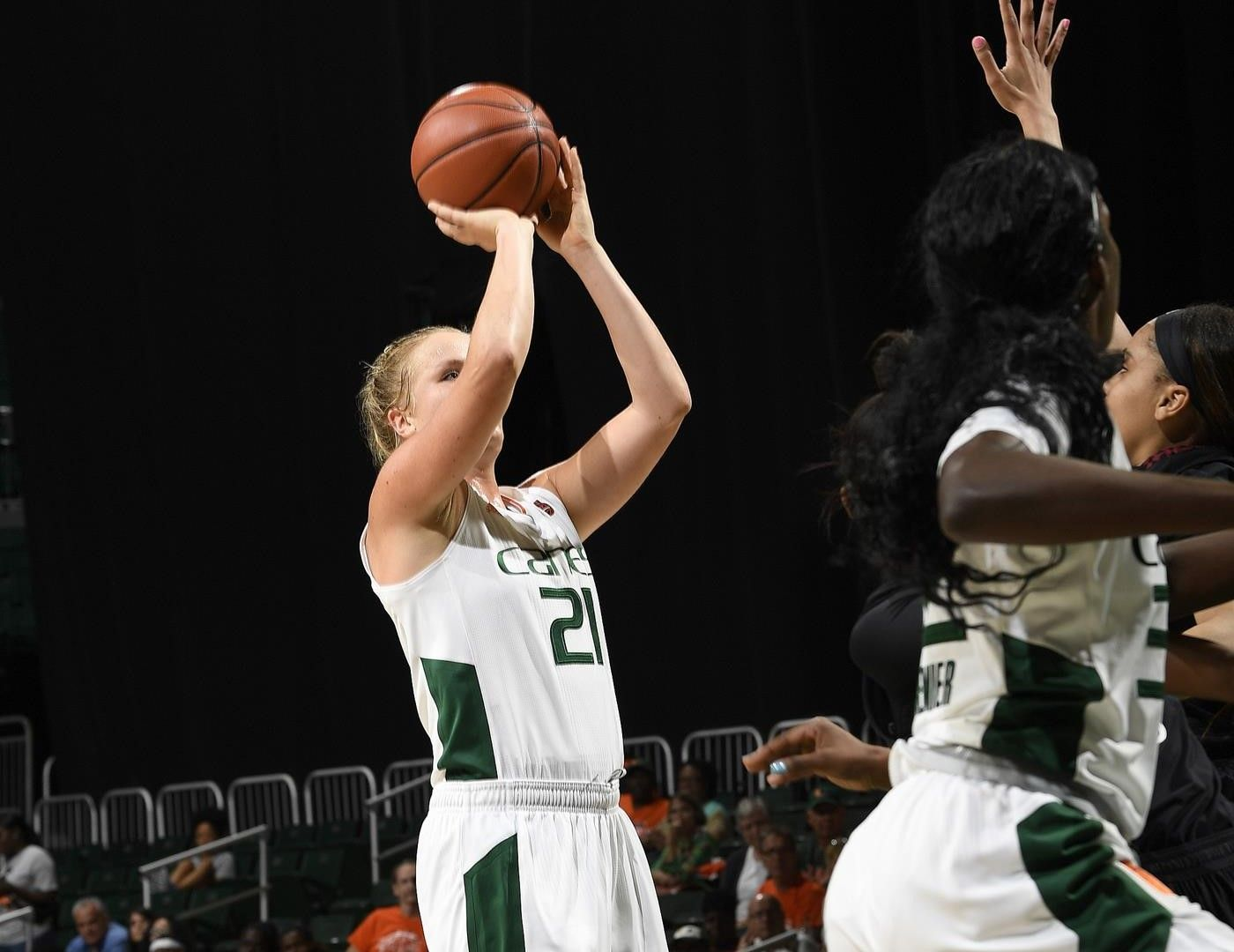 WBB Tallies 71-53 Win over Maryland Eastern Shore
