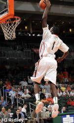 Men's Basketball Opens Season at Home Saturday