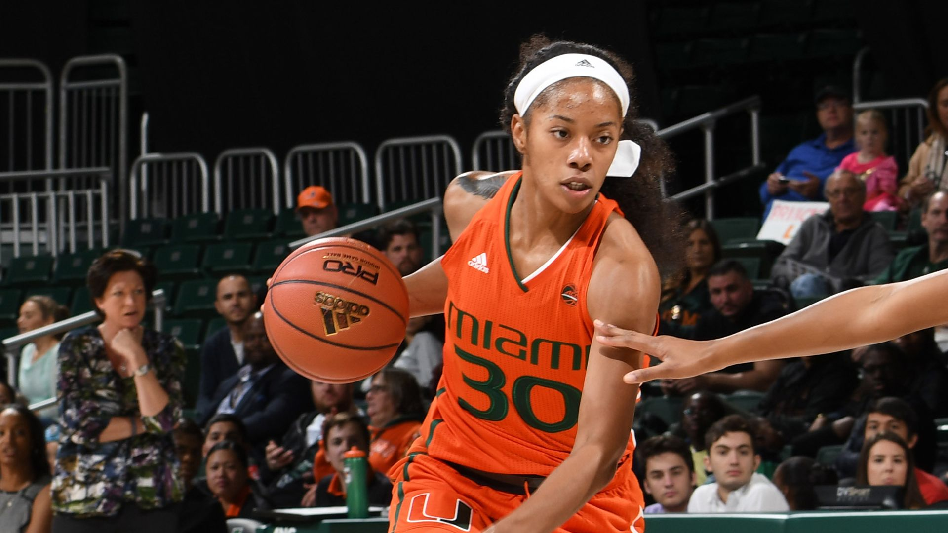 WBB Earns Eighth Straight Road Win over VT, 82-78