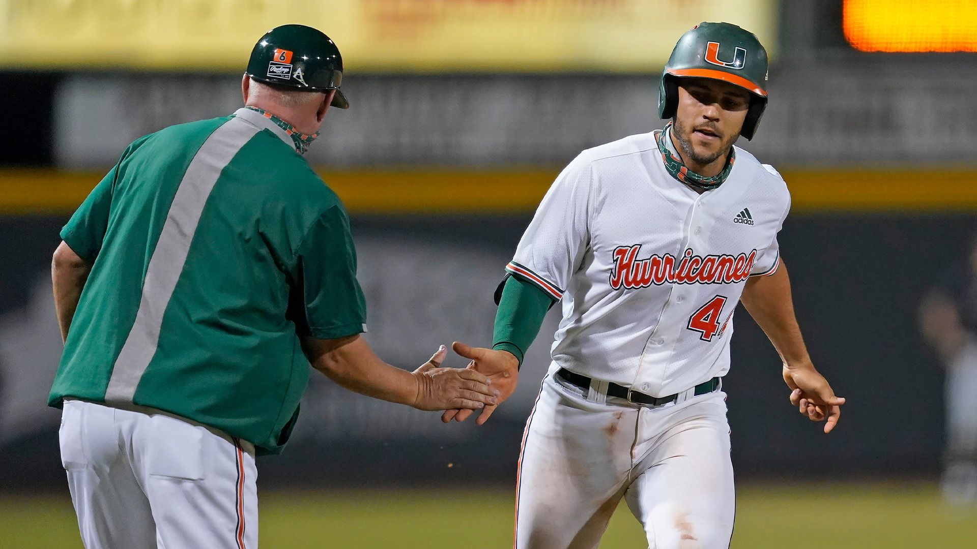 Del Castillo Named NCBWA National Player of the Week