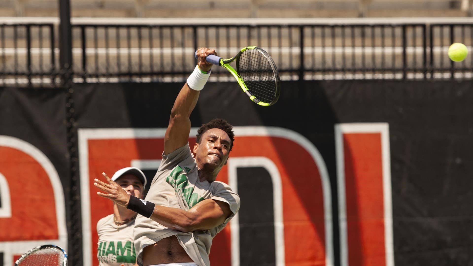 Men's Tennis Falls to No. 7 UNC on Senior Day