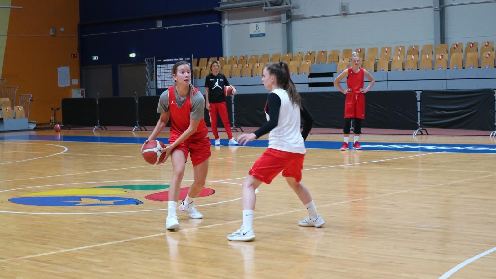 Erjavec To Play With Croatian National Women's Team