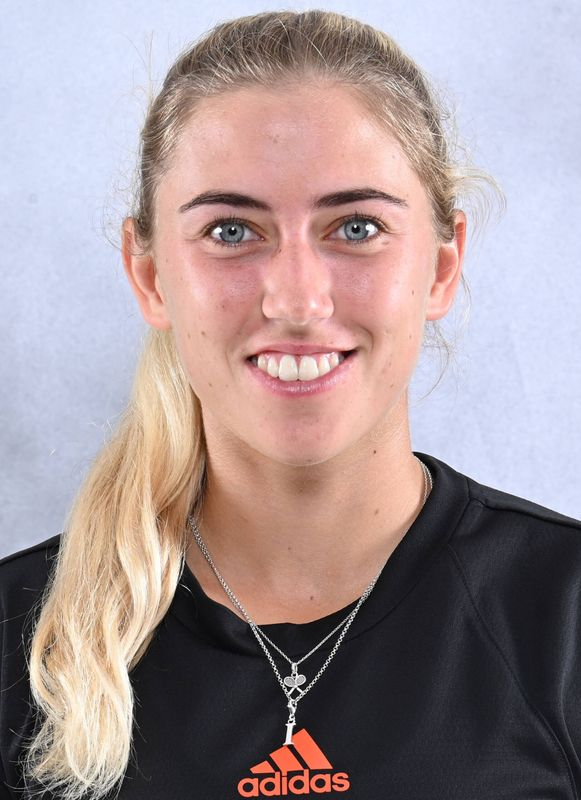 Isabella Pfennig - Women's Tennis - University of Miami Athletics