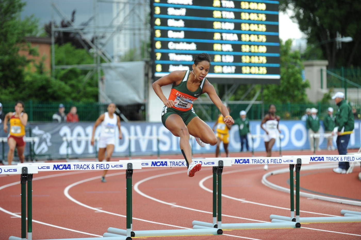T'erea Brown Punches Ticket to London