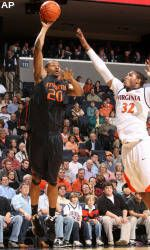 Hurricanes Get Crucial Road Win Over Cavaliers