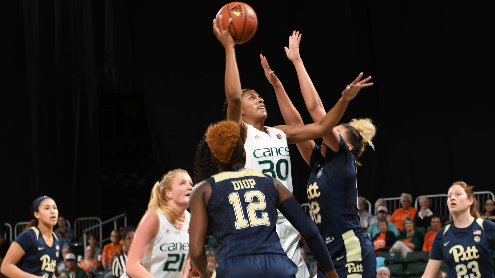 WBB Storms Past Pittsburgh, 82-58