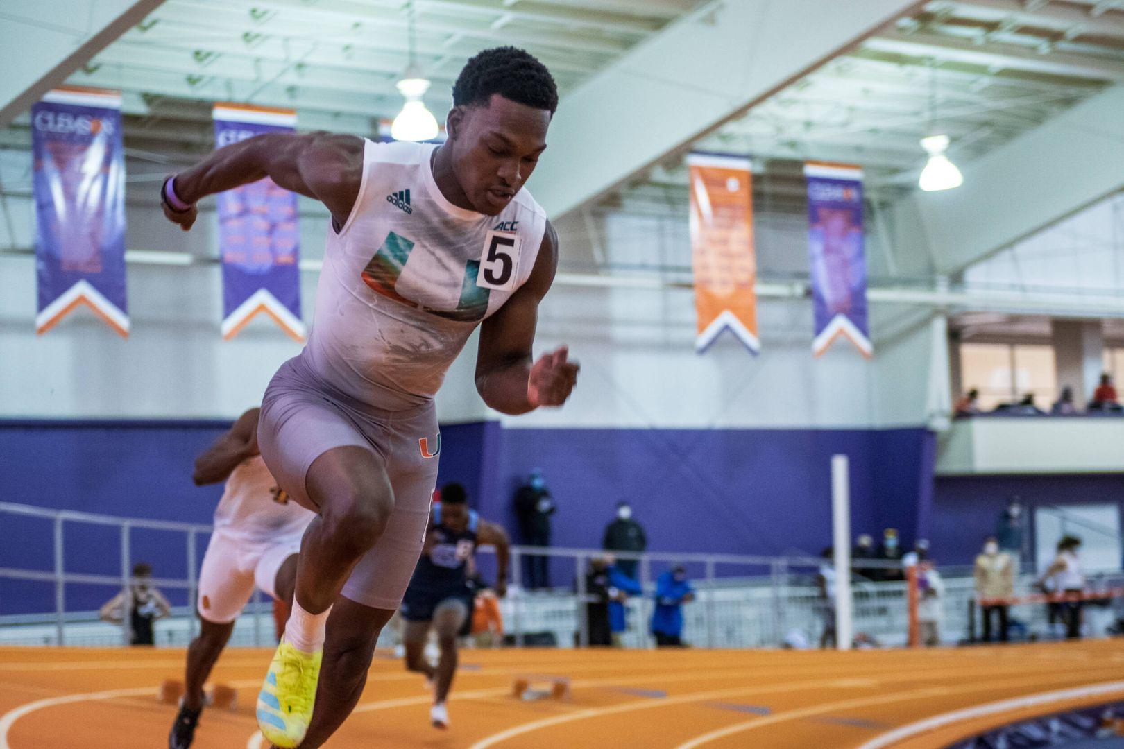 Stewart-Baynes Cracks Miami's 400m Top 5 List