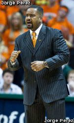 Men's Basketball Adds Erik Swoope to 2010 Signing Class