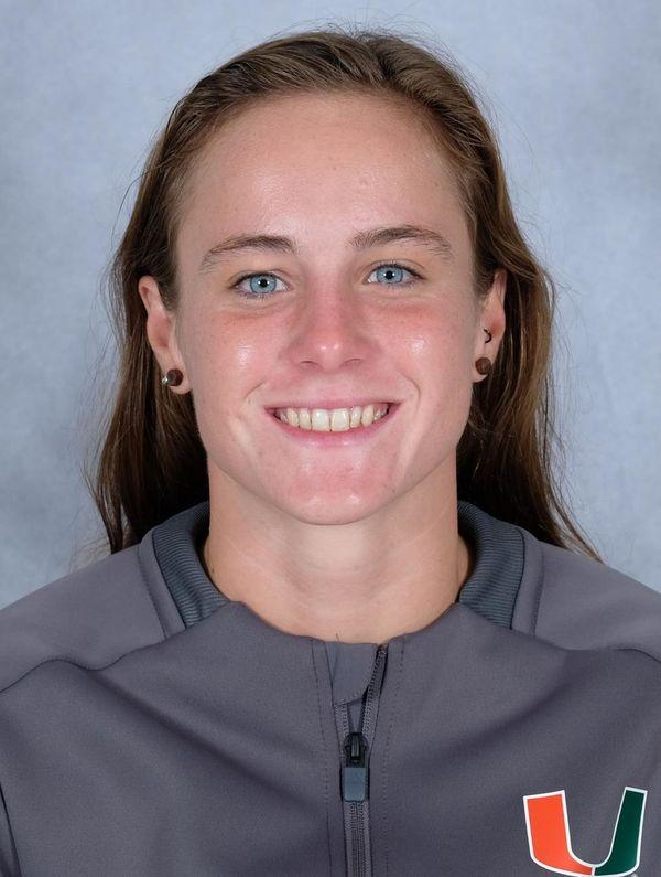 Carmen San Nicolas - Swimming & Diving - University of Miami Athletics