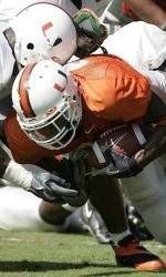 Defense Beats Offense 31-14 in Spring Game