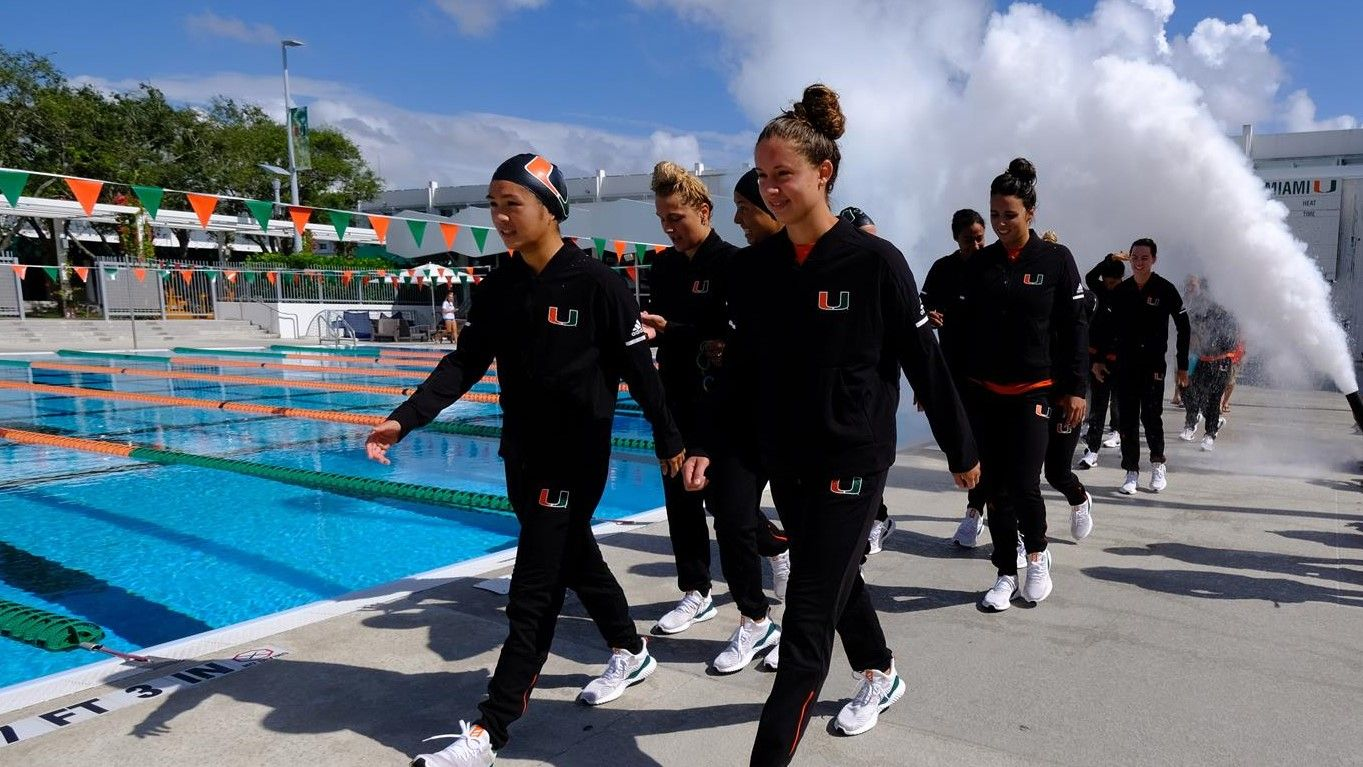 Swim / Dive Named CSCAA Scholar All-America Team