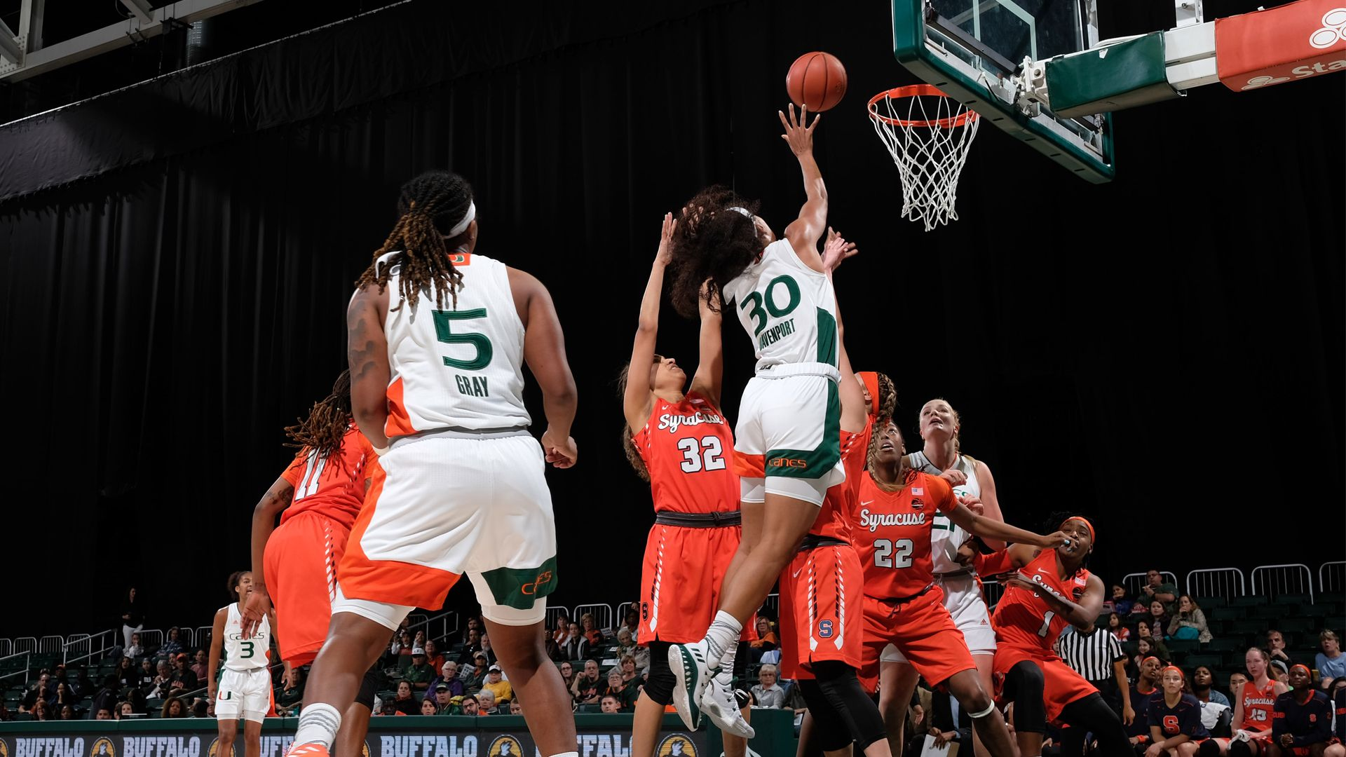 WBB Tops Syracuse, 72-67, for Program's 750th Win