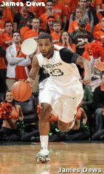 Men's Basketball Hosts Florida State in Regular-Season Finale
