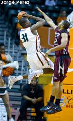 Miami Downs Florida Gulf Coast to Win Sixth Straight