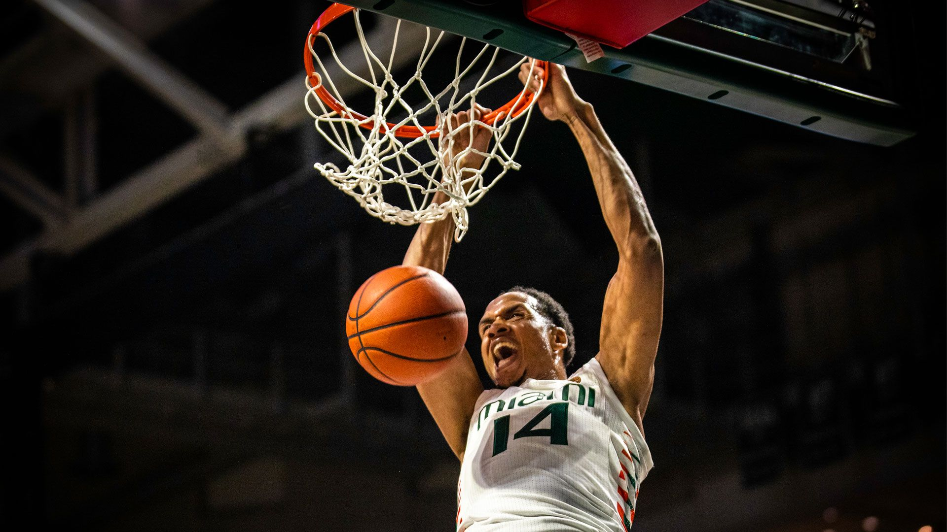 MBB Tops FAU, 74-60, for First Win