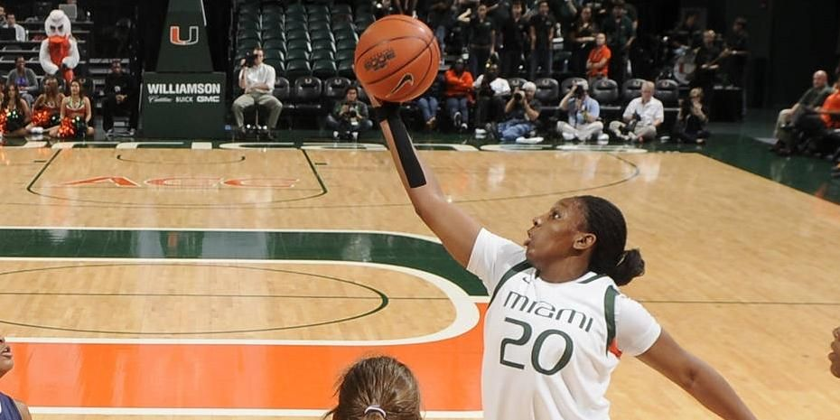 WBB Wins to Face Badgers in Tourney Final