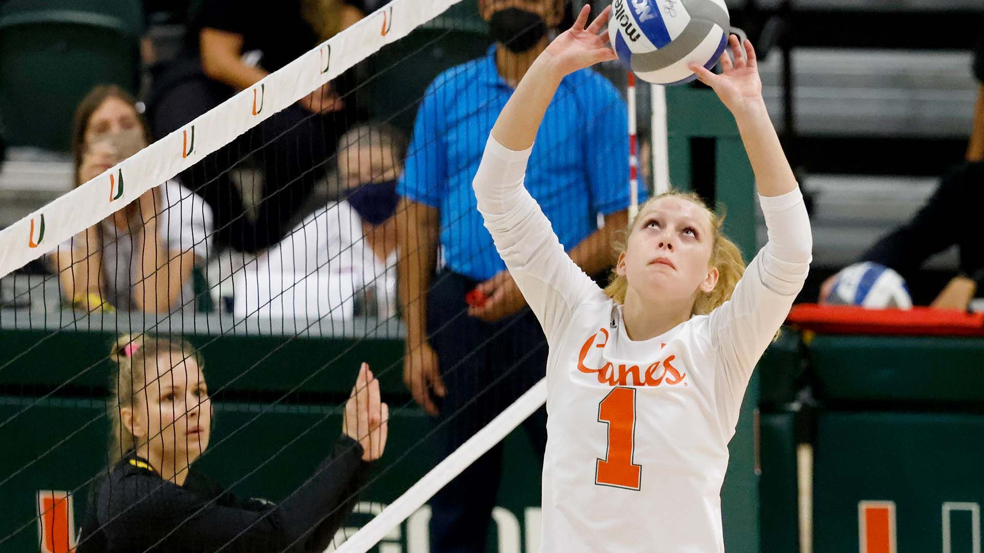 Vach Posts First Career Triple-Double in Game One of Sunshine State Classic