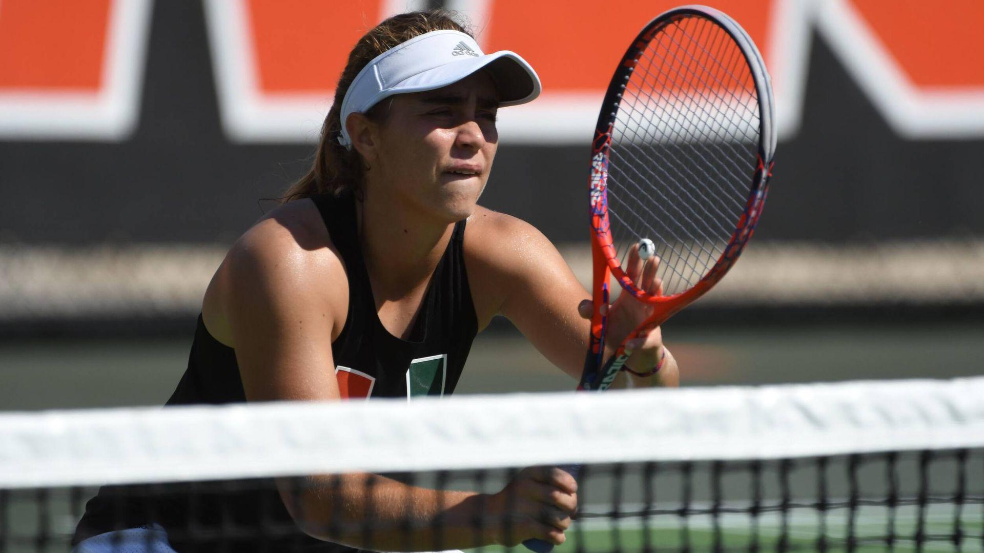 W. Tennis Drops Road Decision at No. 20 UCF