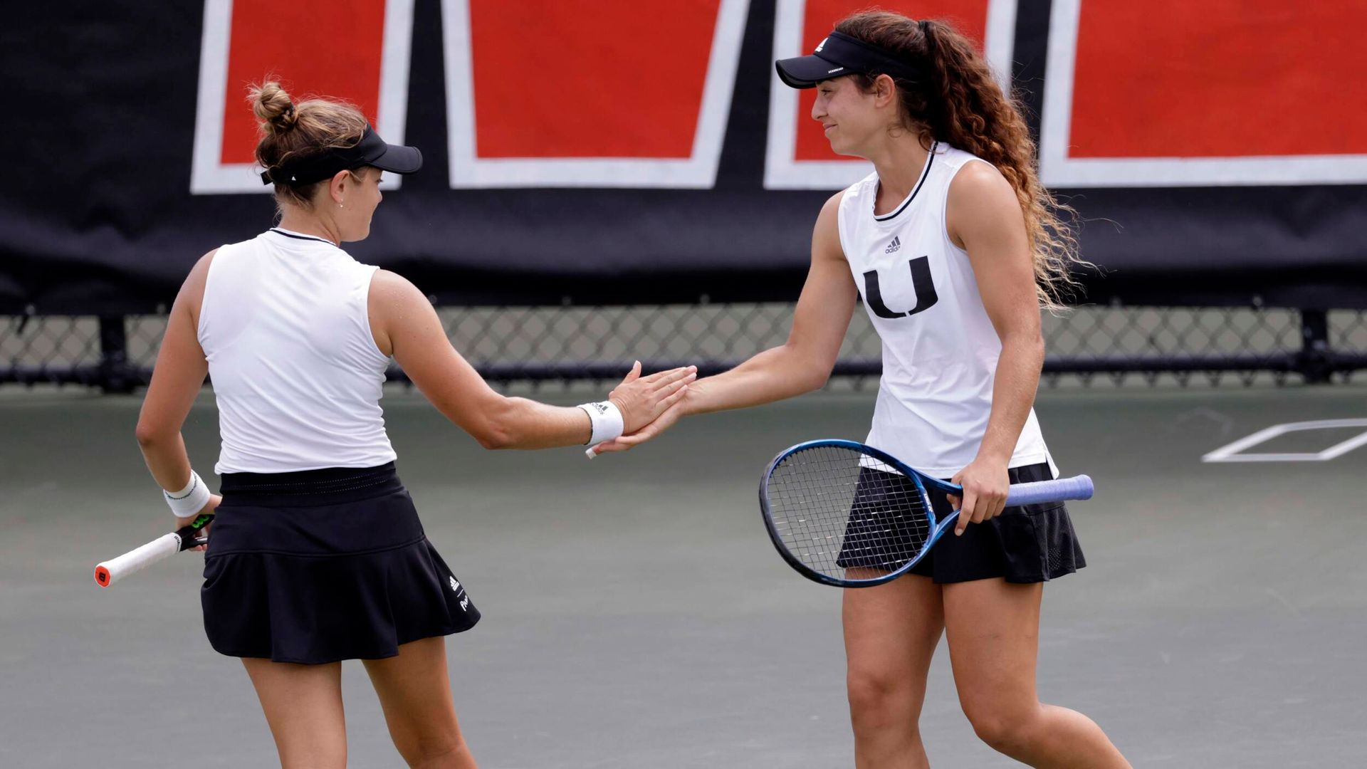 W. Tennis Moves up to No. 19 in ITA Coaches Poll