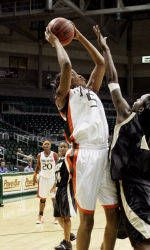 Hurricanes Take on Fairfield at the UM Holiday Classic