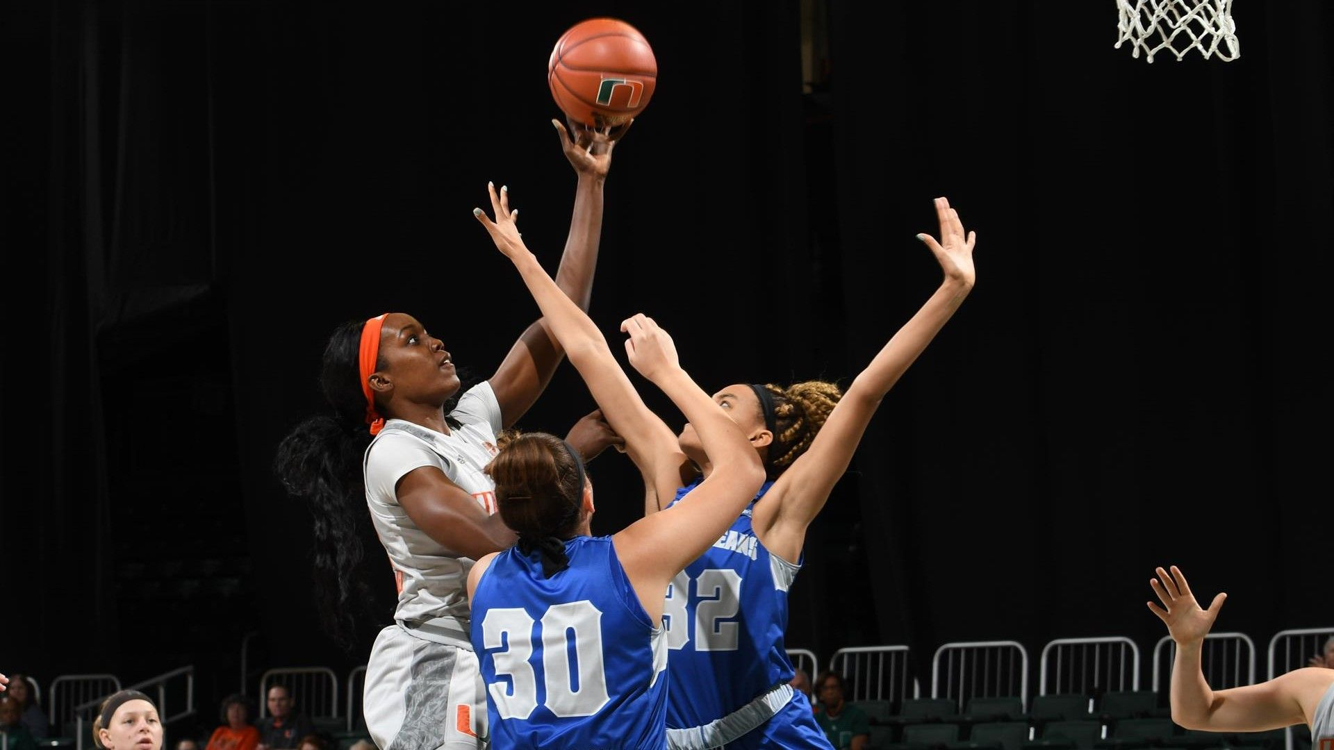 WBB Storms Past New Orleans, 78-38
