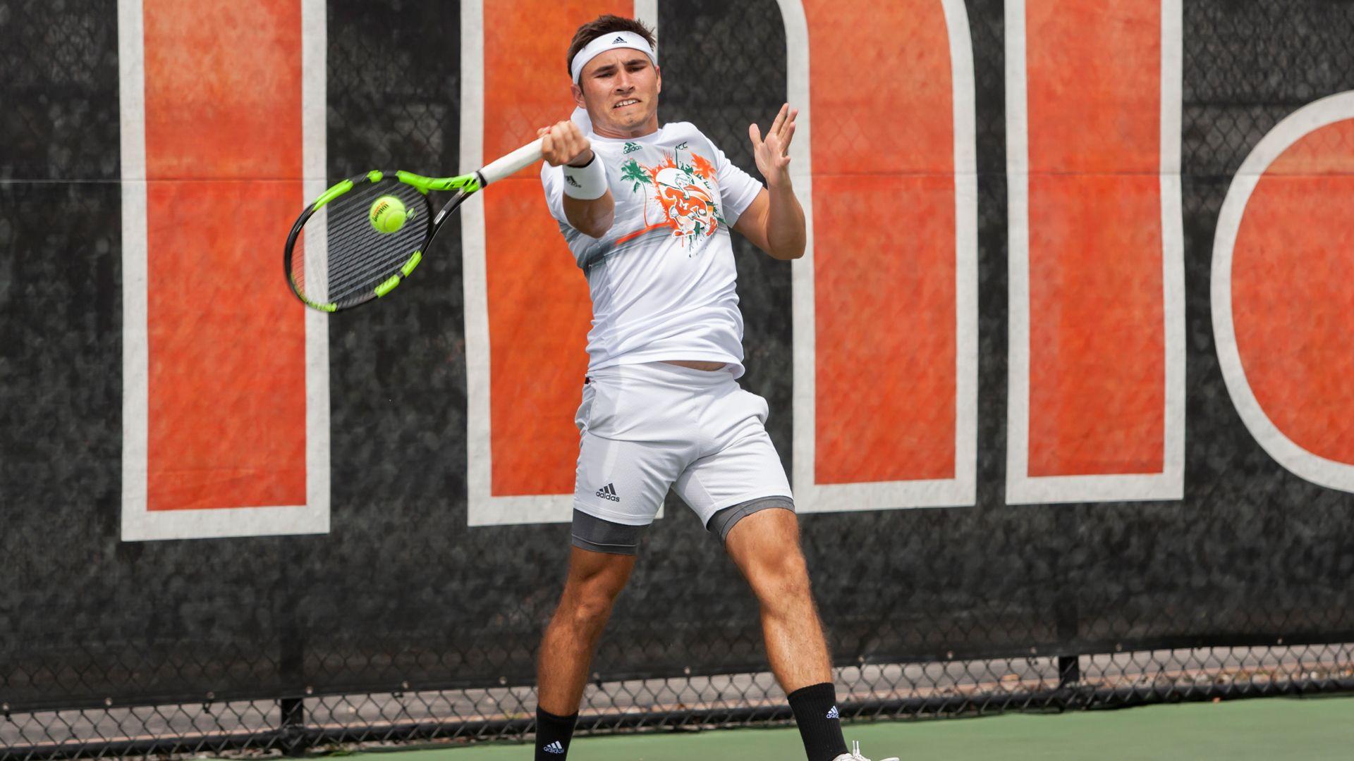 Men's Tennis Sweeps UConn, 4-0