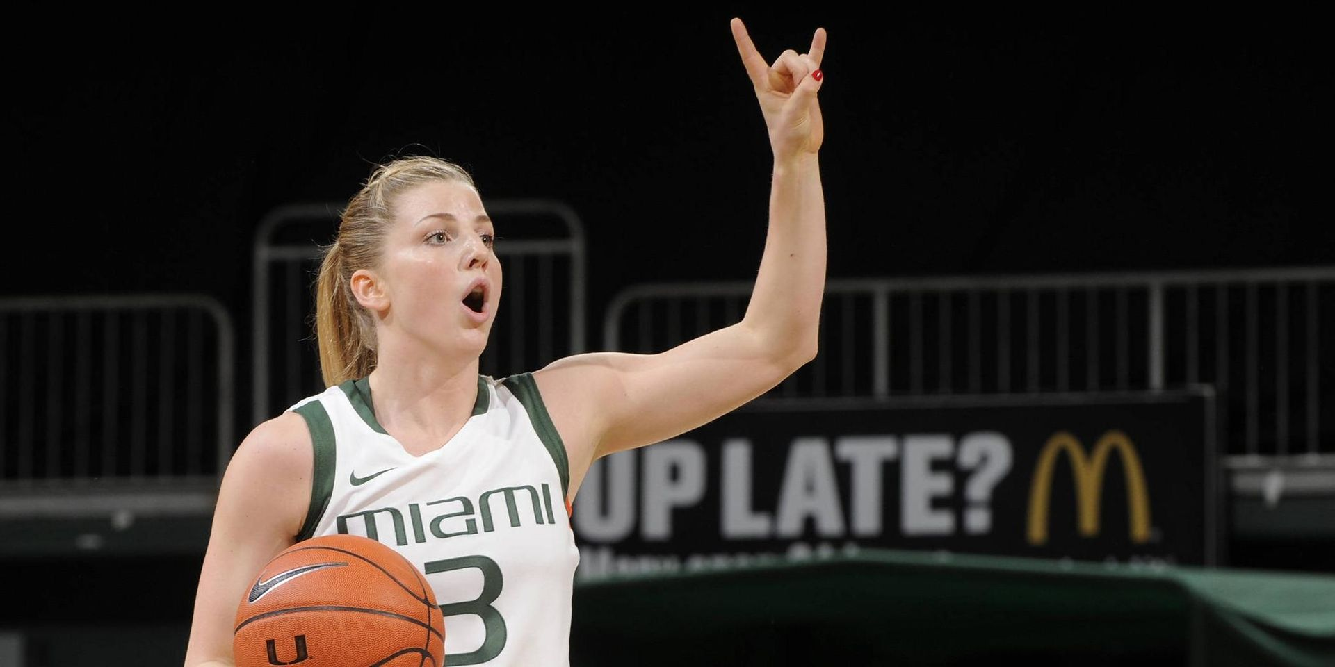 Yderstrom Nets 1000th Point in W Over Clemson