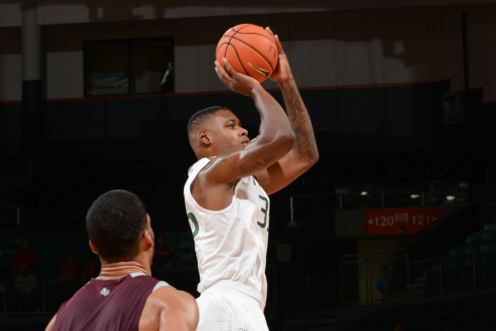 Kelly's Career Night Leads Canes Past Tigers