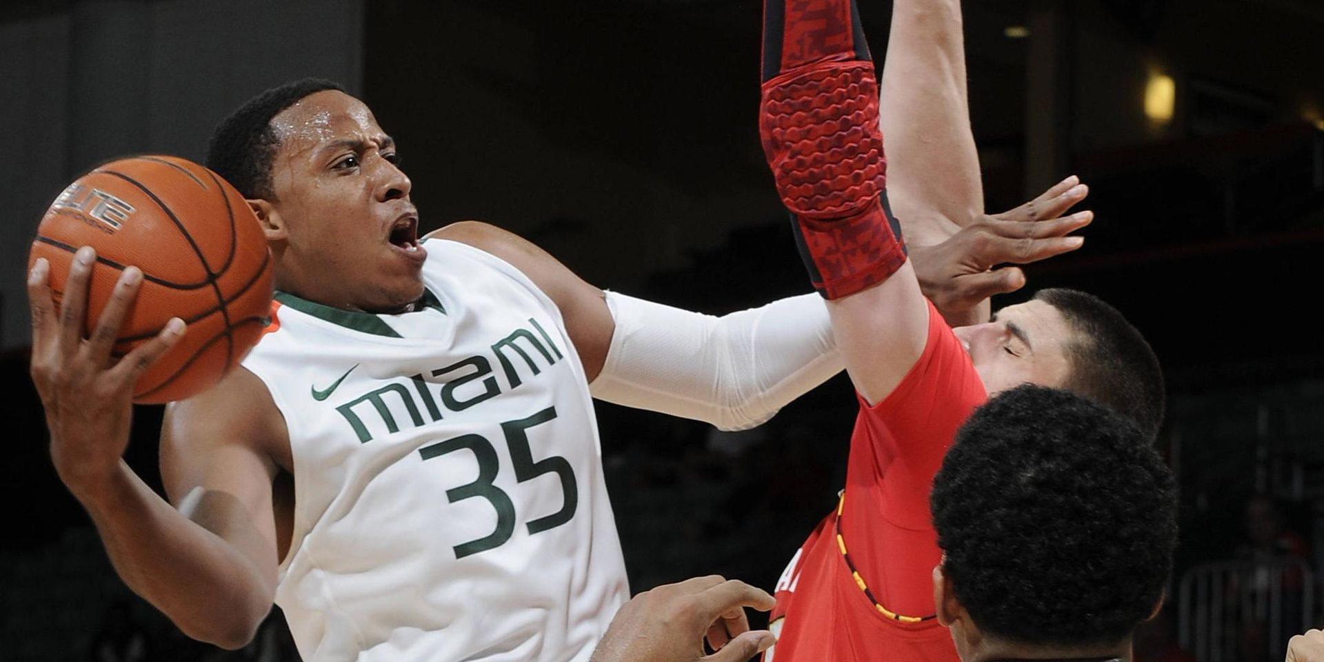 MBB Defeats Maryland, Improves to 3-0 in ACC