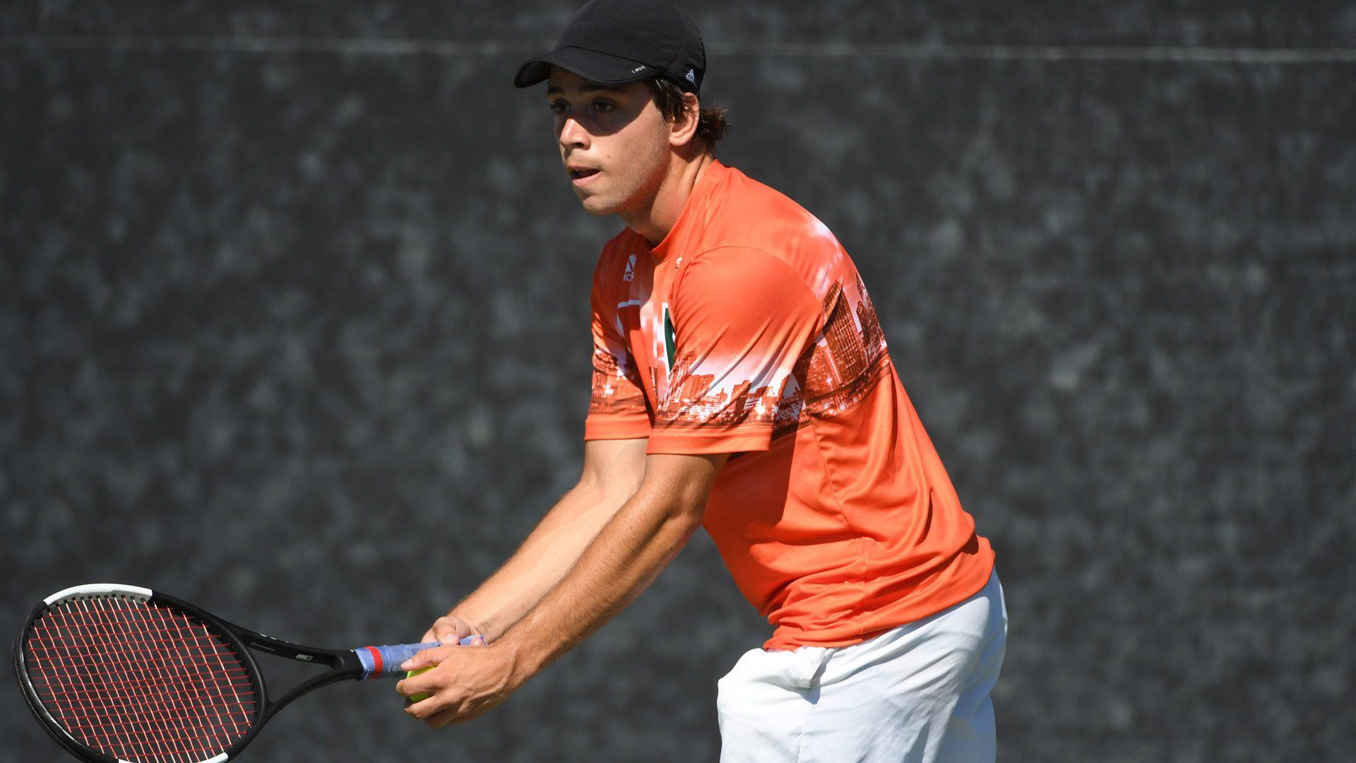 M. Tennis Drops Match to Texas